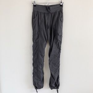 North Face Aphrodite Gray Cargo Pants Size XS